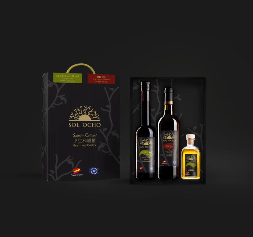 Branding y packaging Sol Ocho 0