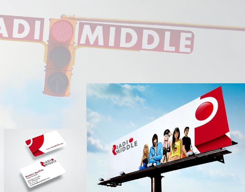 Radio Middle Branding 2