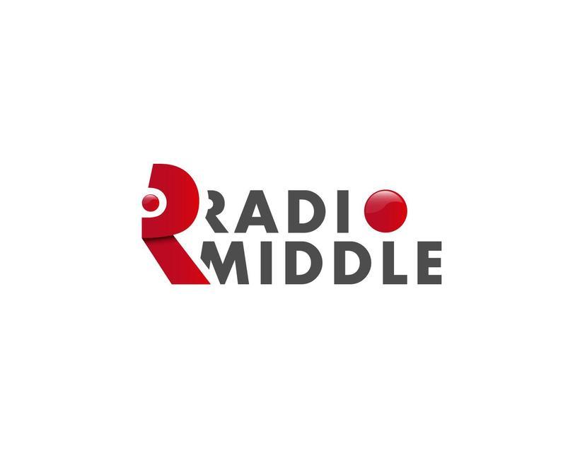 Radio Middle Branding 0