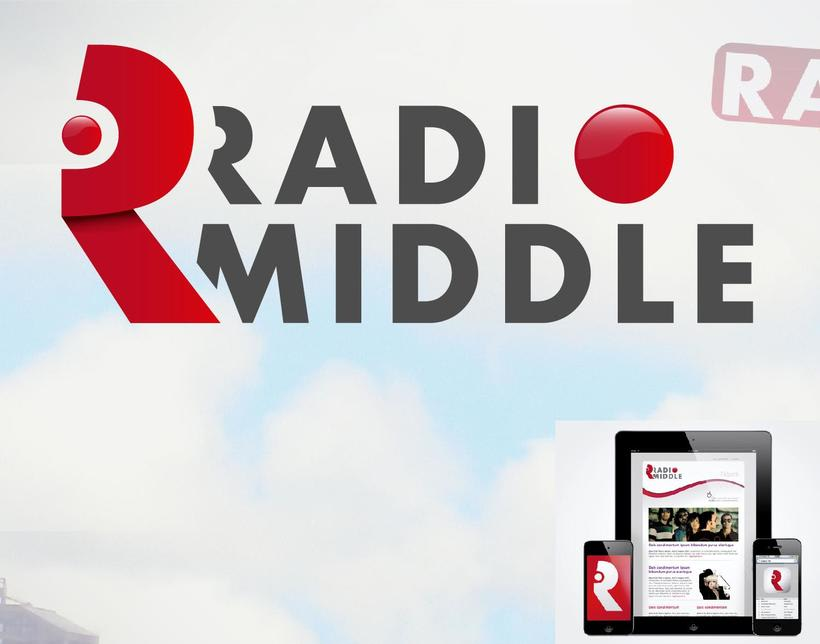 Radio Middle Branding 1