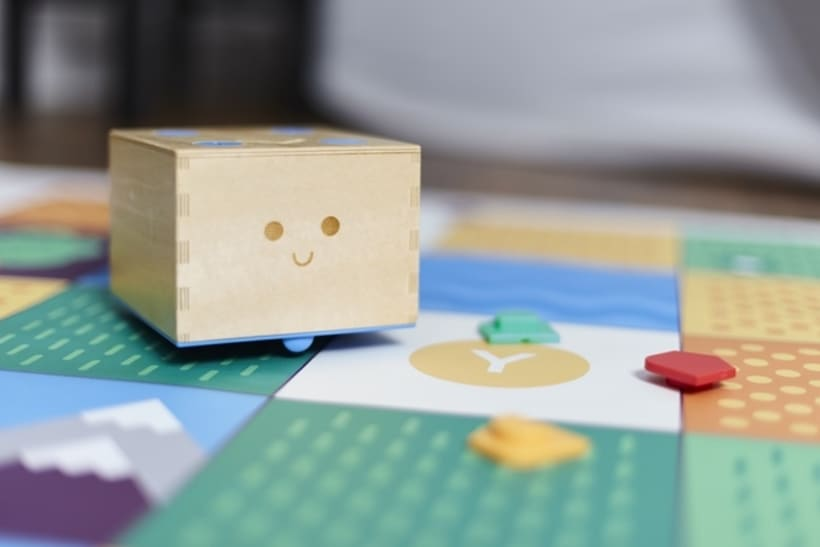 Cubetto, un robot que enseña a los niños programación 3