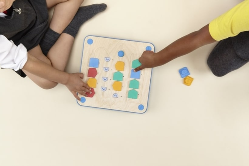 Cubetto, un robot que enseña a los niños programación 5