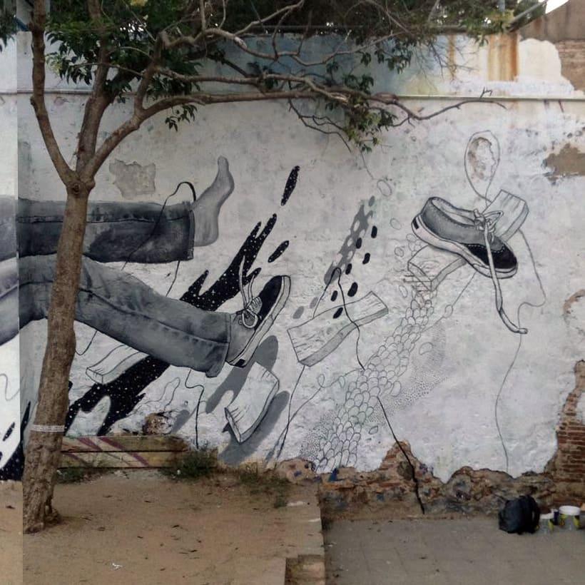 Mural: Centro Cívico Guinardó 0