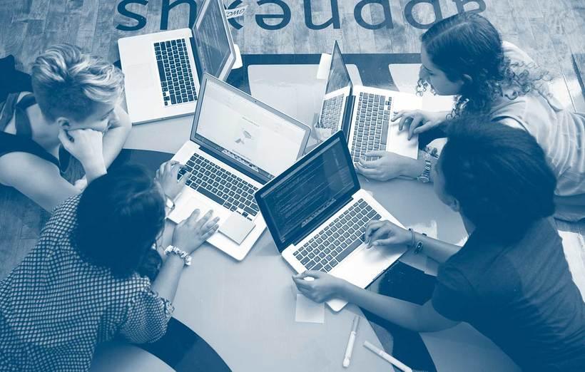 Girls who code, el mundo de la programación es de ellas  3