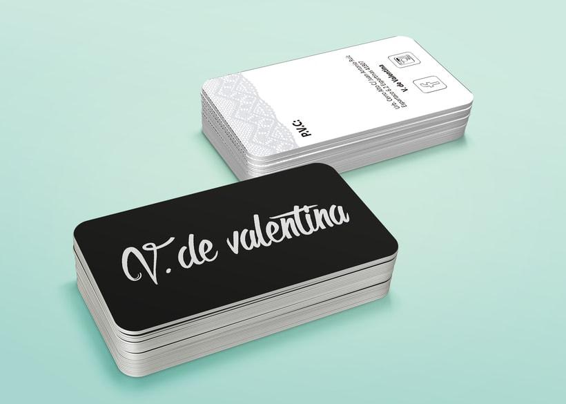 Tarjeta/etiqueta V de Valentina -1