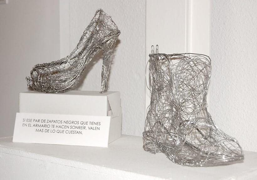 Exposición en el centro cultural Gabriel Celaya, 2013. (ilustración. escultura. intervención) 3