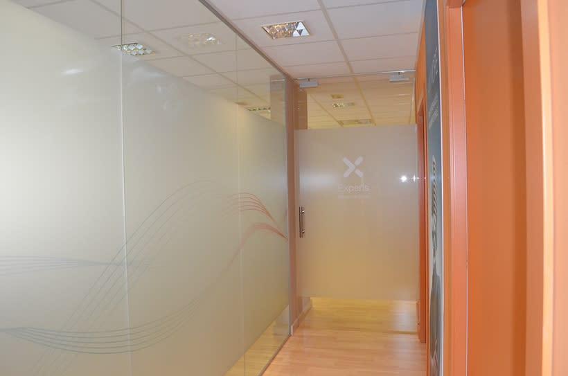 Decoración oficinas Experis 5