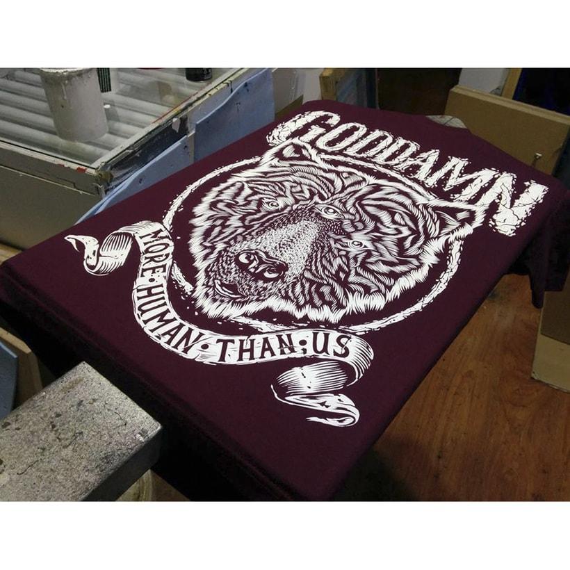 Camiseta Goddamn 6