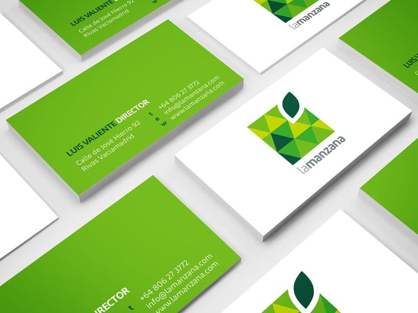 La Manzana // Logo & Branding Design 7