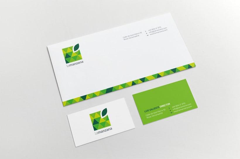 La Manzana // Logo & Branding Design 8
