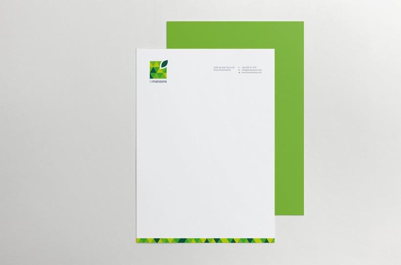 La Manzana // Logo & Branding Design 9