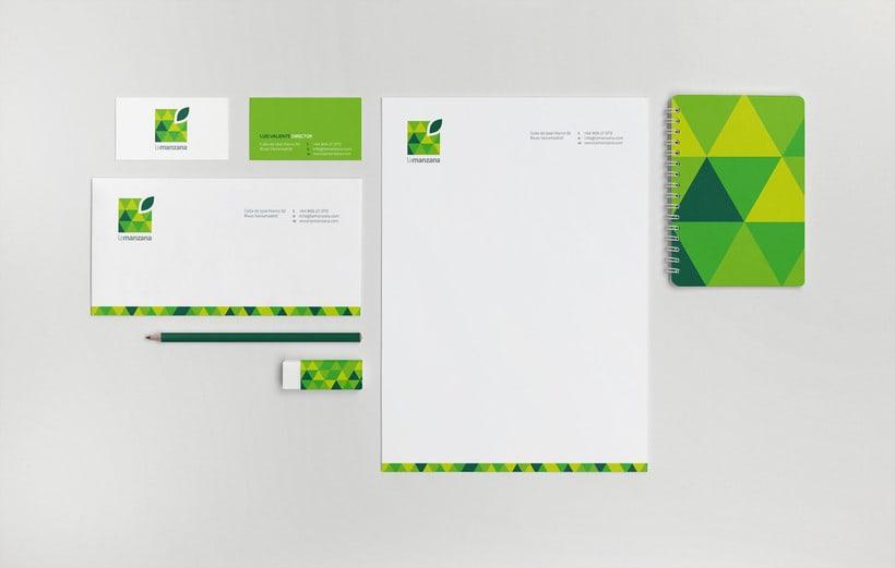 La Manzana // Logo & Branding Design 10
