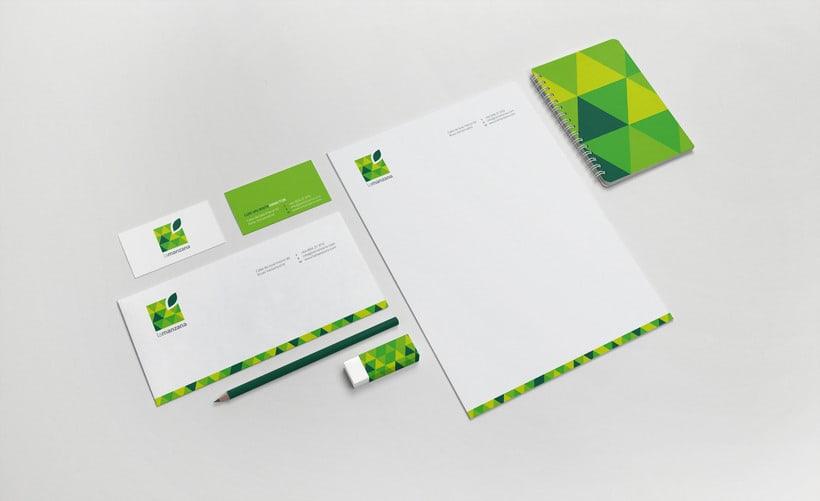 La Manzana // Logo & Branding Design 11