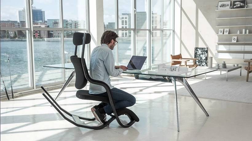 Porqué deberían de invertir en una buena silla de trabajo 14