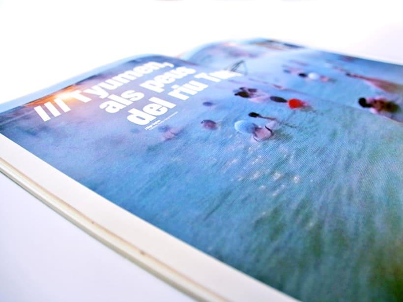 Cursiva - revista viatges pel món - cada revista té com a eix una ruta 1