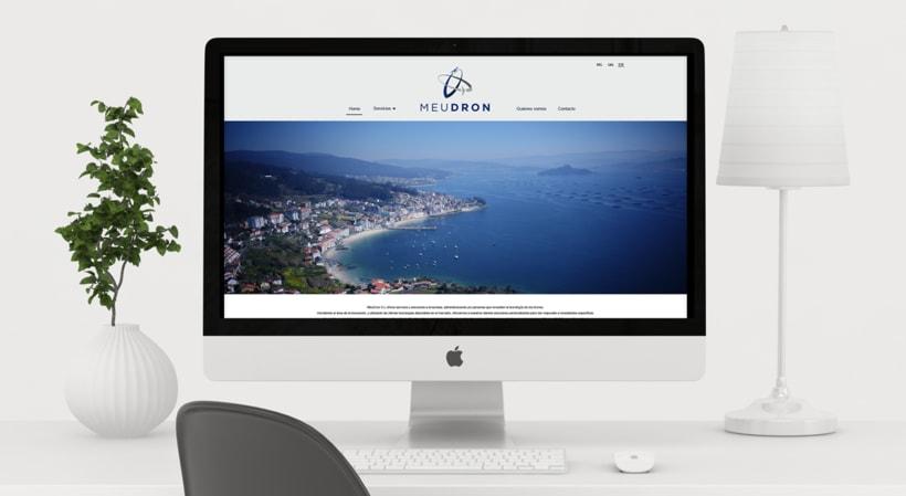 Logotipo, imagen de marca y diseño web, MeuDron 3