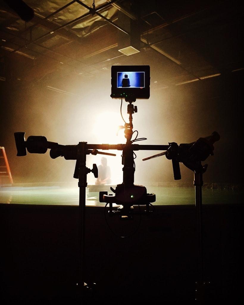 Behind the Scenes 32
