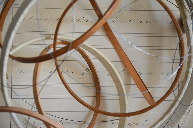 """""""Pensar fuera de la caja"""". Ensamblaje Escultura Collage Arte. Poesía visual. Material antigüo. Técnica Upcycling. 0"""