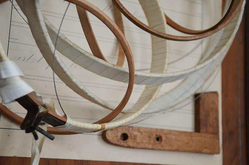 """""""Pensar fuera de la caja"""". Ensamblaje Escultura Collage Arte. Poesía visual. Material antigüo. Técnica Upcycling. 4"""