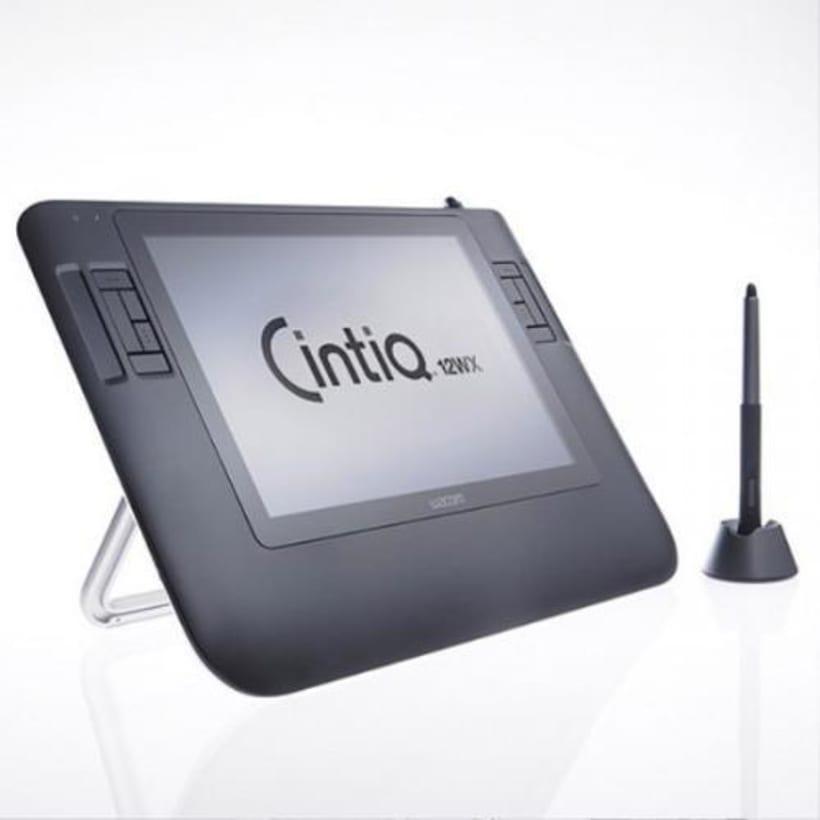 VENDO Cintiq 12wx en la caja. €350,00 - Barcelona 1