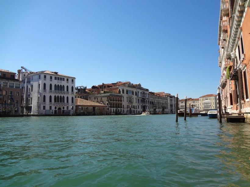 il canale - venezia Italia 5