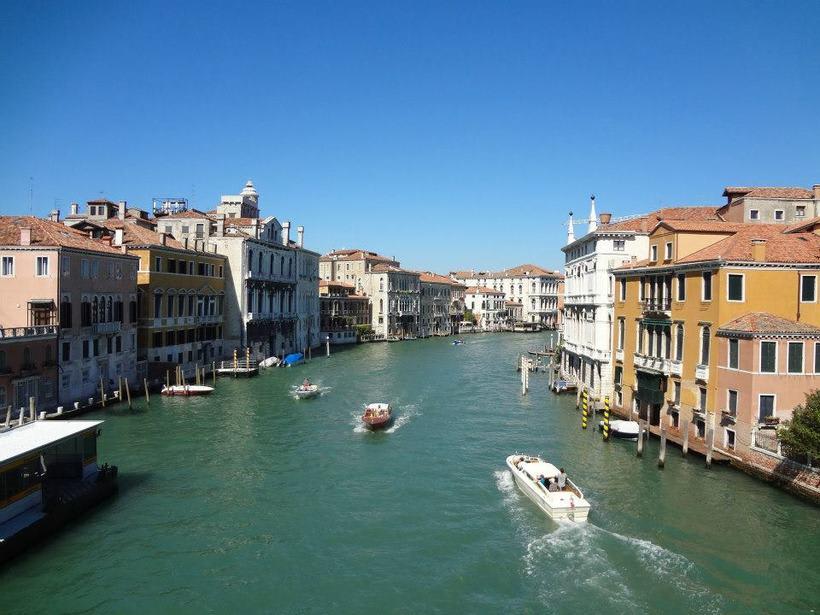 il canale - venezia Italia 10