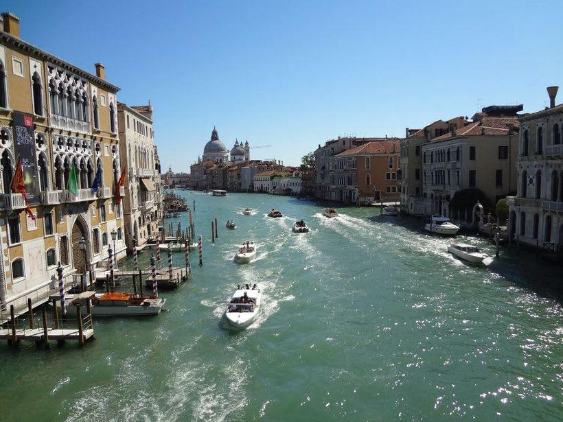 il canale - venezia Italia 11