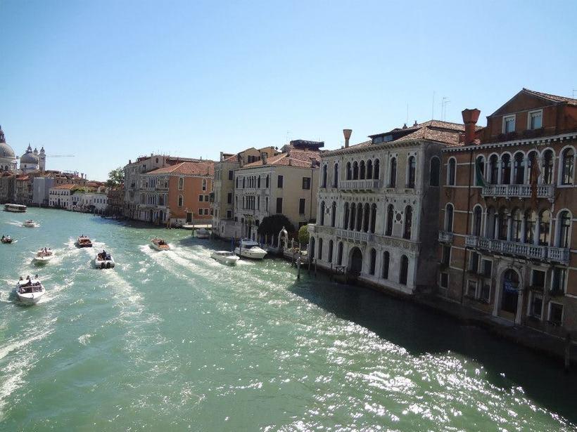 il canale - venezia Italia 12
