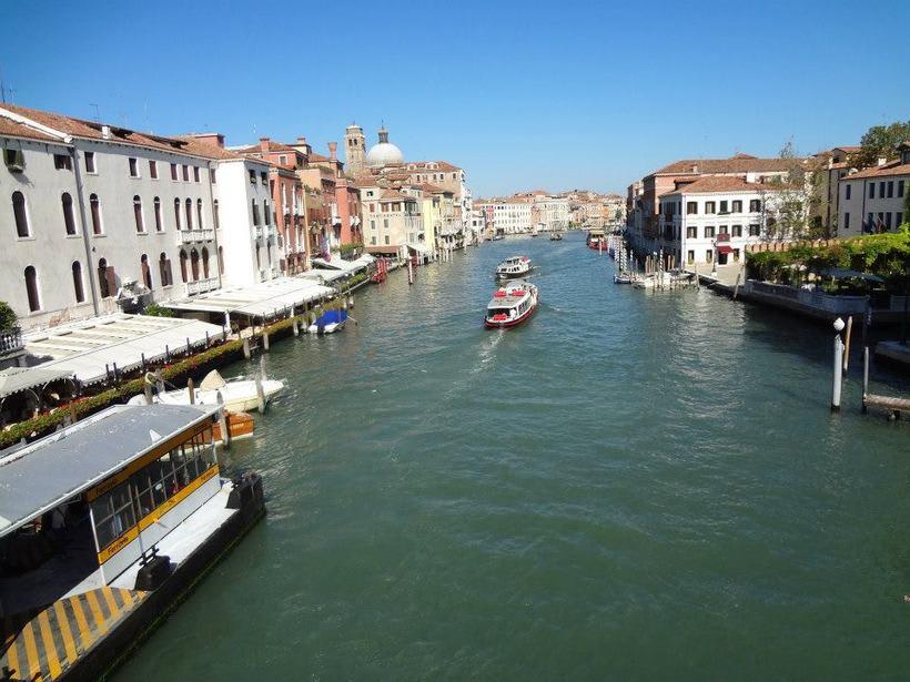 il canale - venezia Italia 17