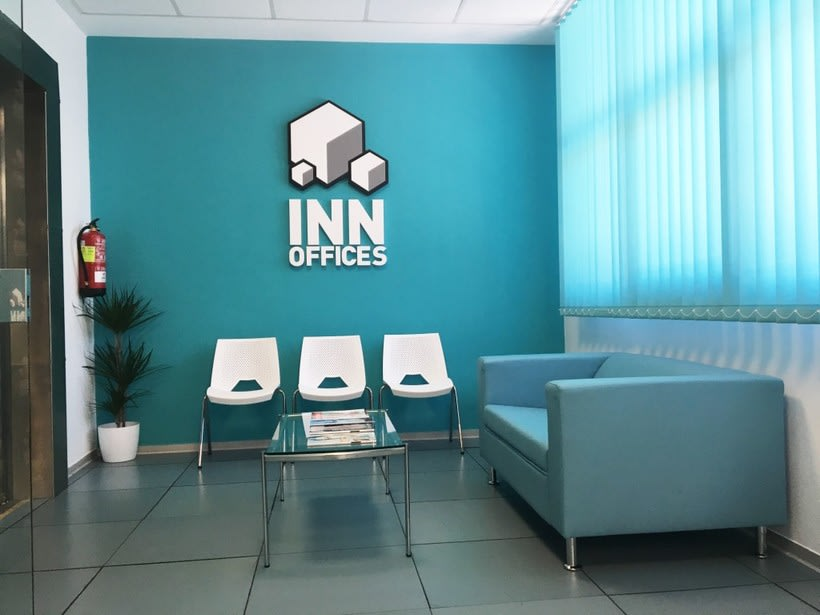 Centro de Negocios Inn Offices Aeropuerto despachos desde 350€/mes, salas reunión 15€/hora, salas formación o conferencias desde 20€/hora (dependiendo de aforo), Co-working  120€/mes, oficina virtual básica 40€/mes  o completa 75€/mes (Iva no incluido) 4