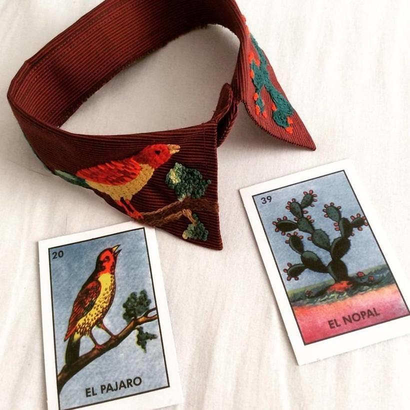 Mi Proyecto del curso: cuello y lotería mexicana. Este bordado está inspirado en las imágenes de la tradicional lotería mexicana: el pájaro y el nopal. Y también en las montañas de mi querida Bogotá. -1