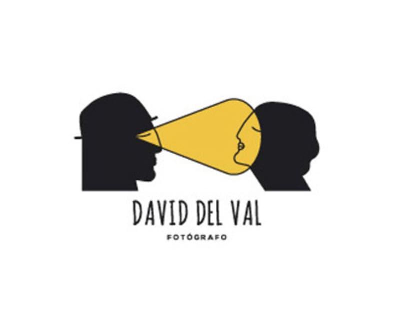 Diseño de logotipo para el fotógrafo David del Val -1