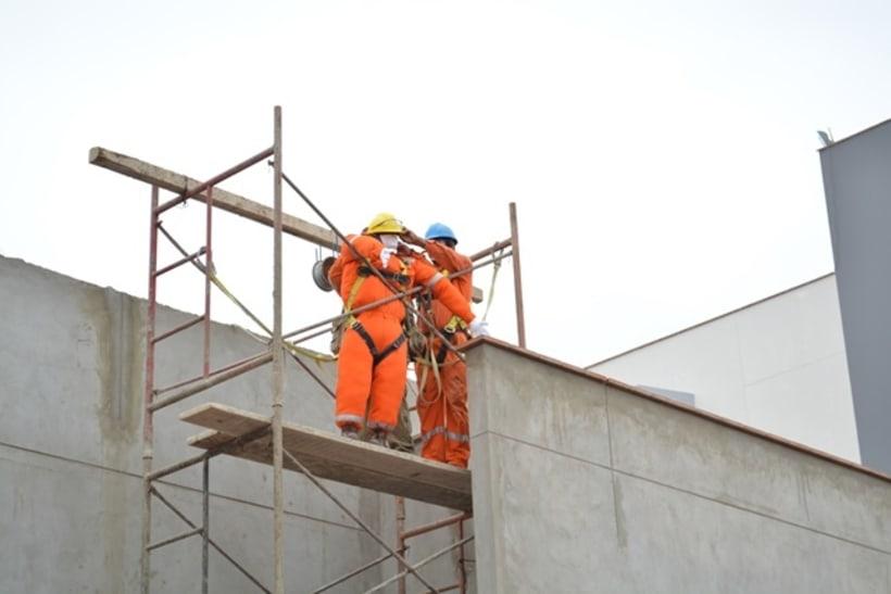 Trabajo seguro en Alturas 9