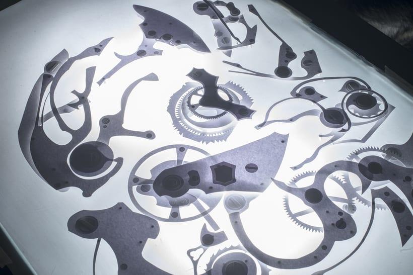 Clock engine / Papercut 4