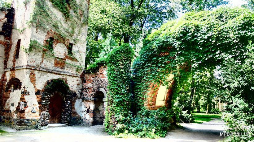Cr nicas polacas iii camino de wroclaw entre jardines for Jardines romanticos