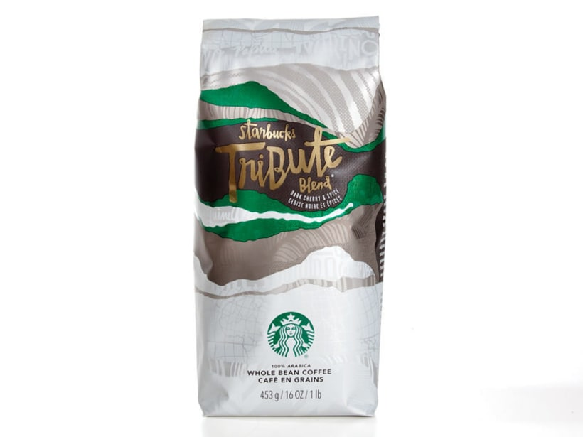 Diseñador de packaging en Starbucks de día, ilustrador de noche 2