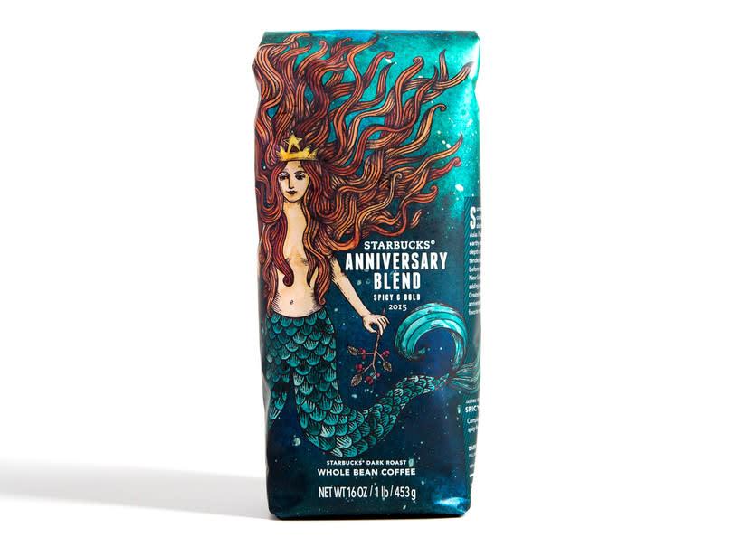 Diseñador de packaging en Starbucks de día, ilustrador de noche 10