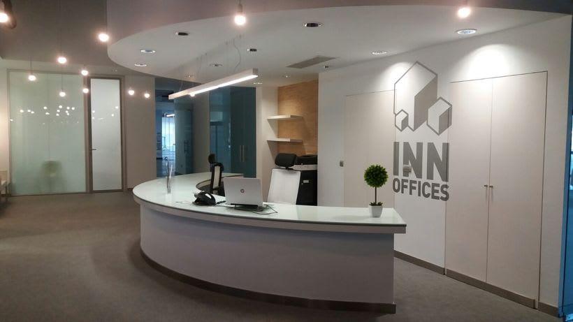 Centro de Negocios Inn Offices Cartuja despachos desde 550€/mes, salas reunión 20€/hora, salas formación o conferencias desde 30€/hora (dependiendo de aforo), Co-working 180€/mes, oficina virtual básica 40€/mes o completa 75€/mes (Iva no incluido) 0