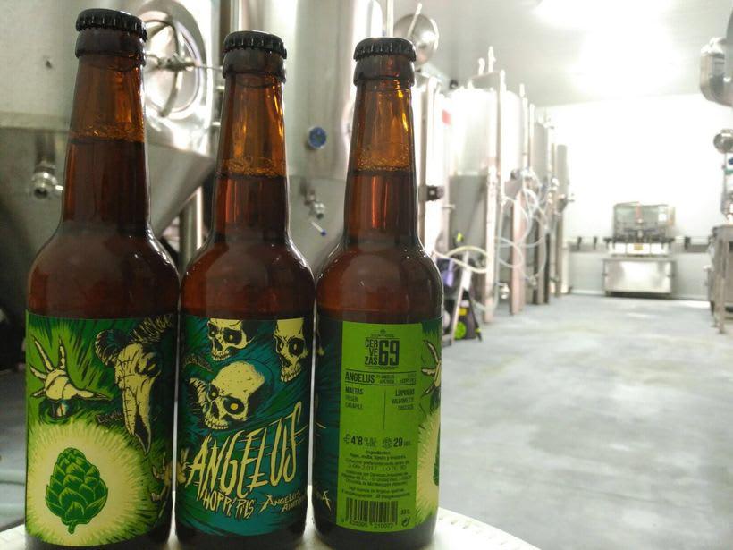 """Arte de Etiqueta para la cerveza """"Angelus Hoppy Pils"""" 5"""