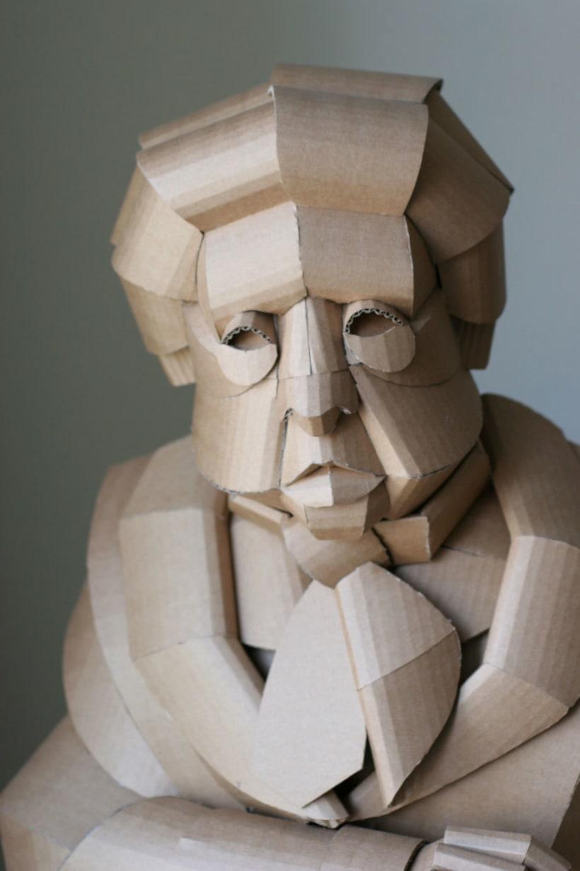 Warren King y sus realistas esculturas de cartón  8