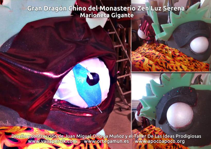 Gran dragón chino del Monasterio Zen Luz Serena. Marioneta gigante 4