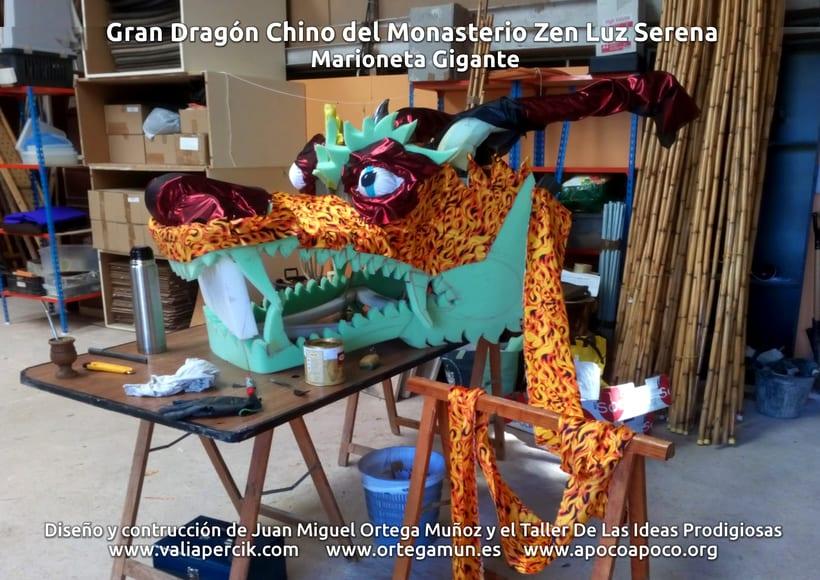 Gran dragón chino del Monasterio Zen Luz Serena. Marioneta gigante 6