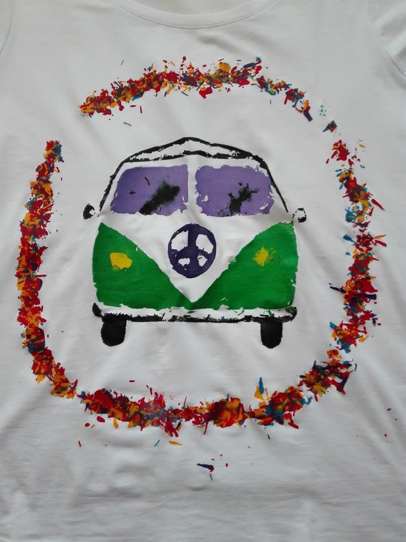 Camiseta estampada mediante ceras -1