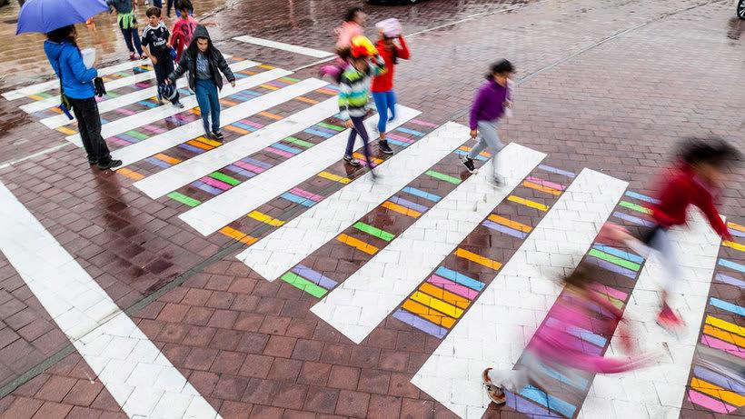 Christo Guelov llena de color los pasos de cebra de Madrid 4