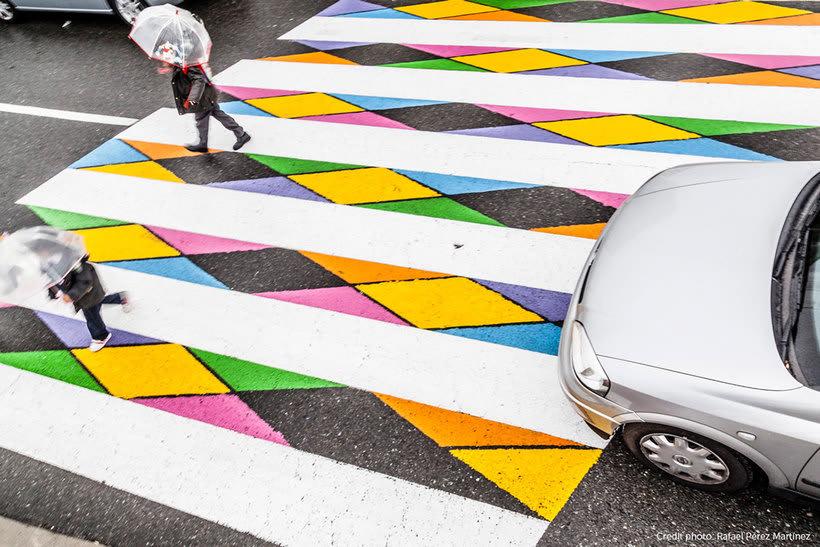 Christo Guelov llena de color los pasos de cebra de Madrid 5