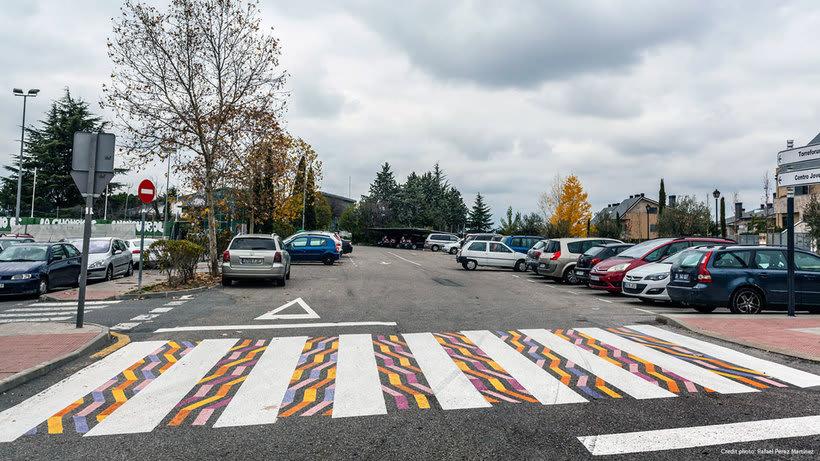 Christo Guelov llena de color los pasos de cebra de Madrid 6