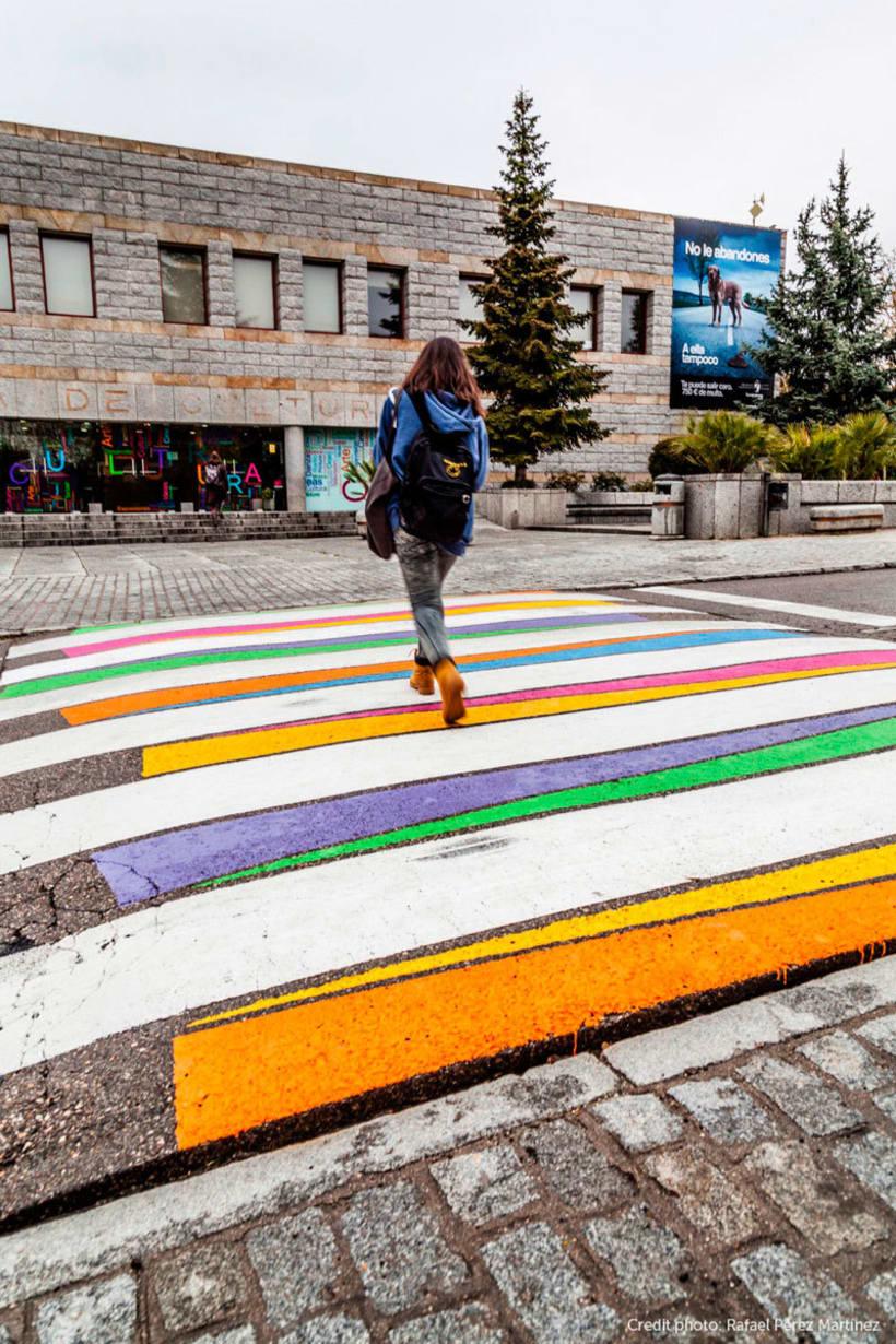 Christo Guelov llena de color los pasos de cebra de Madrid 7