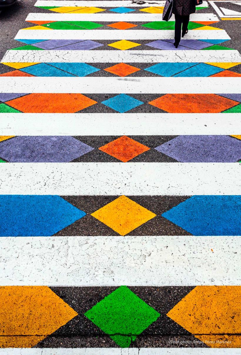 Christo Guelov llena de color los pasos de cebra de Madrid 10