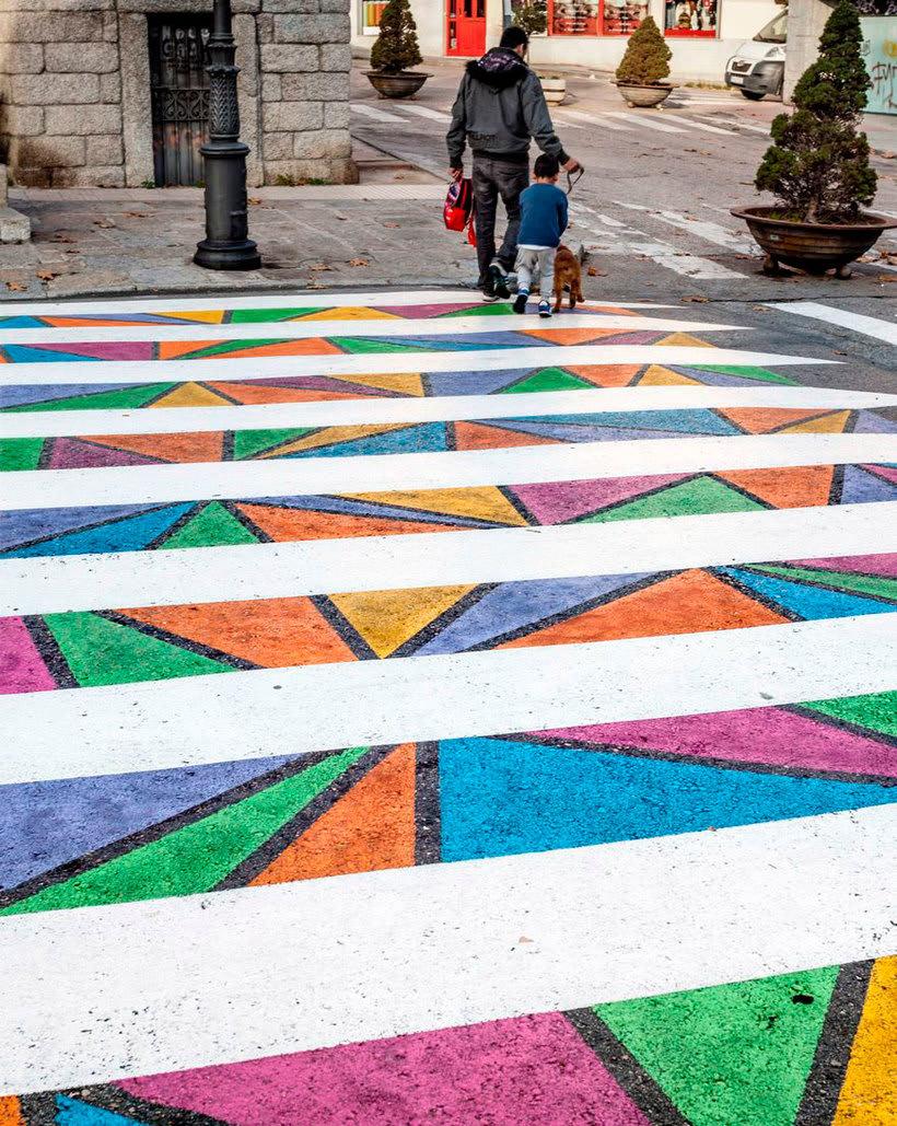 Christo Guelov llena de color los pasos de cebra de Madrid 12