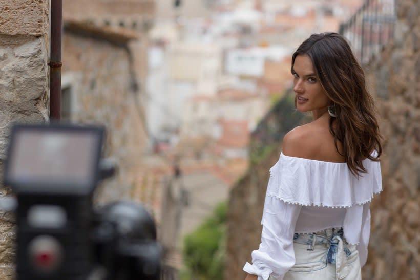 Alessandra Ambrosio -1